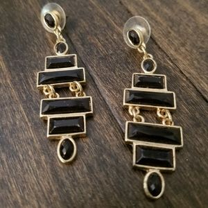 Lightweight black and gold statement earring